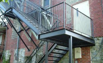 Пожарная лестница маршевого типа
