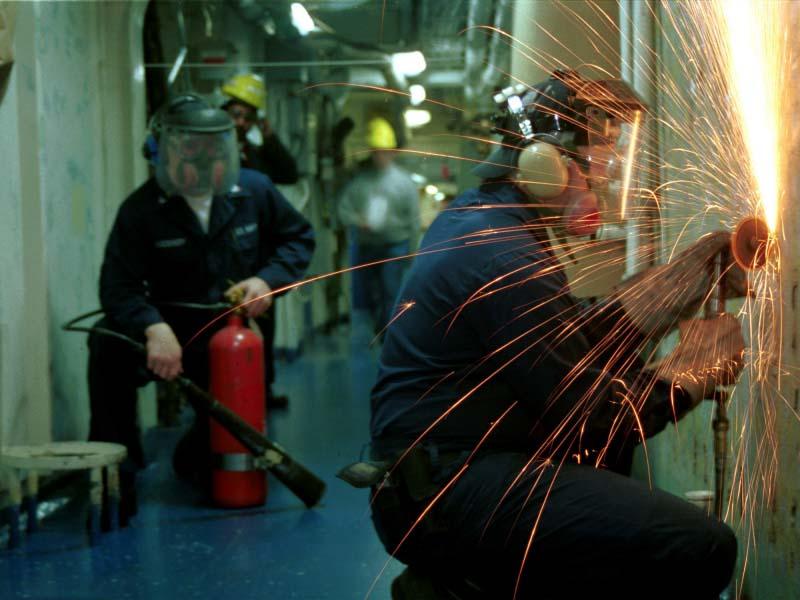 К огневым работам относится большой перечень операций