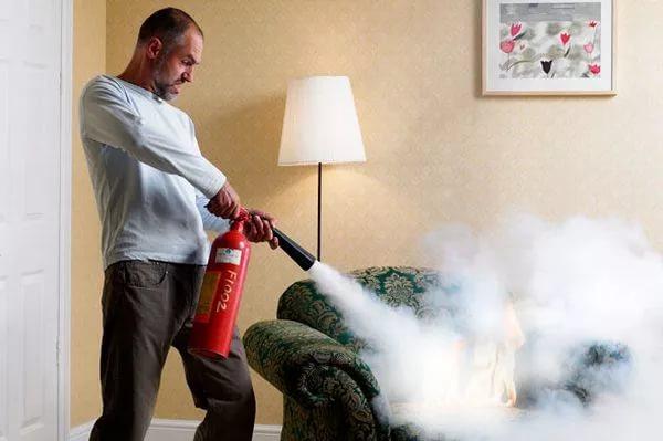 Какой выбрать огнетушитель для квартиры и дома