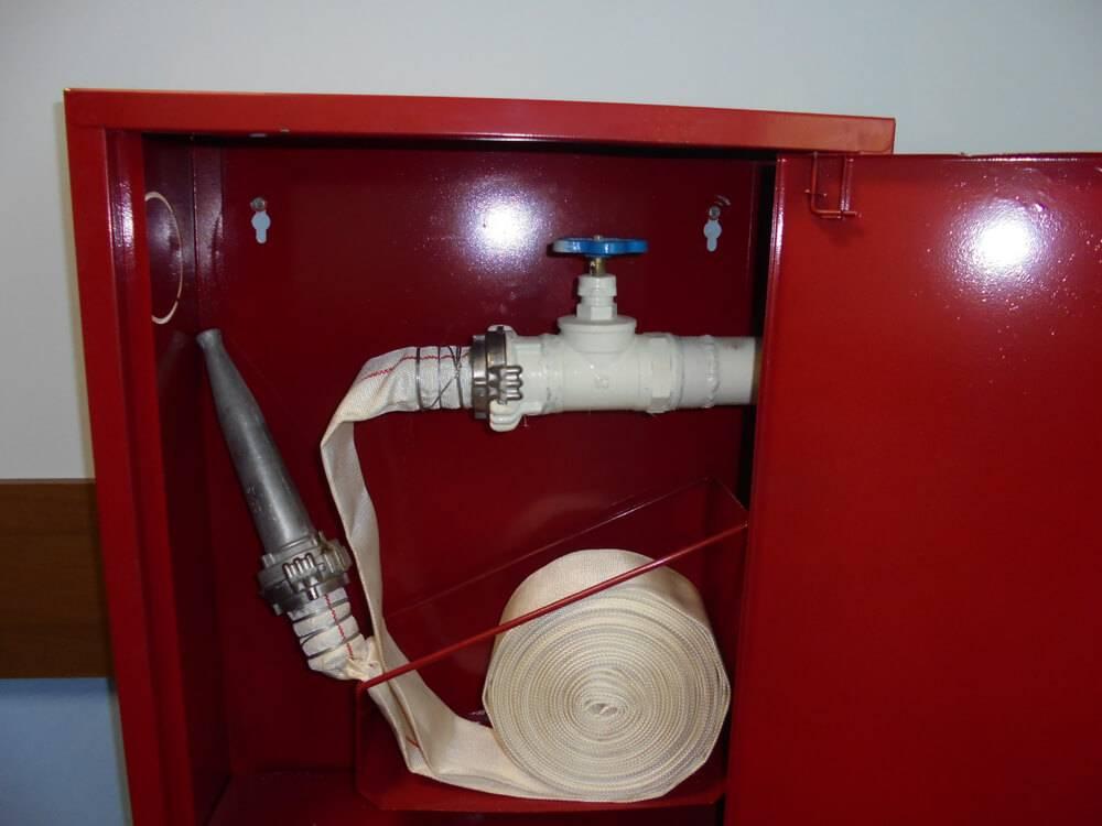 Стандартный противопожарный кран