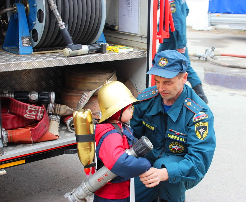 Уроки противопожарной безопасности начинаются с раннего детства