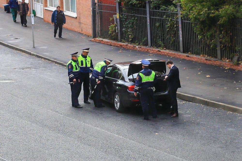 При досмотре авто должны присутствовать понятые