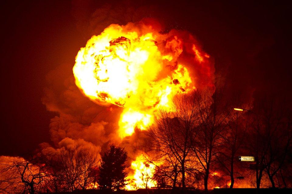 Взрыв на пожаре
