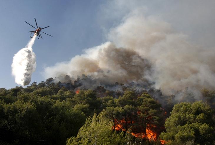 Тушение лесного пожара вертолетами