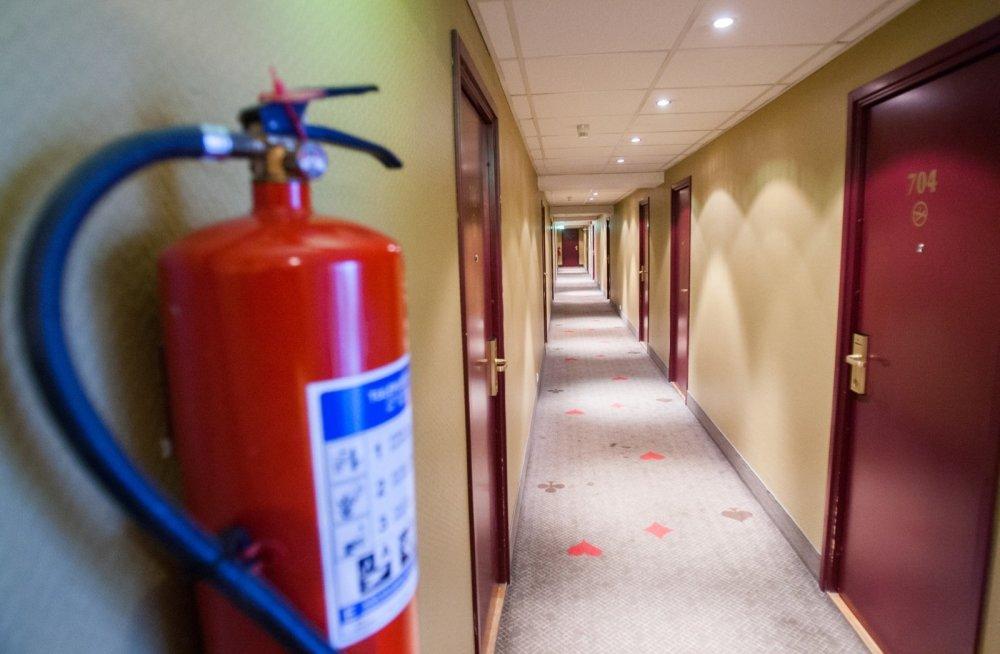 В каждом помещении должно быть определенное количество огнетушителей