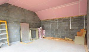 Обшивка потолка помещения плитами гкло