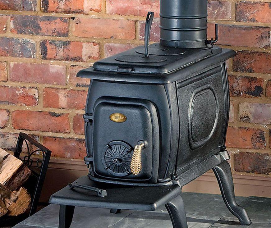 Окрашенная металлическая печка