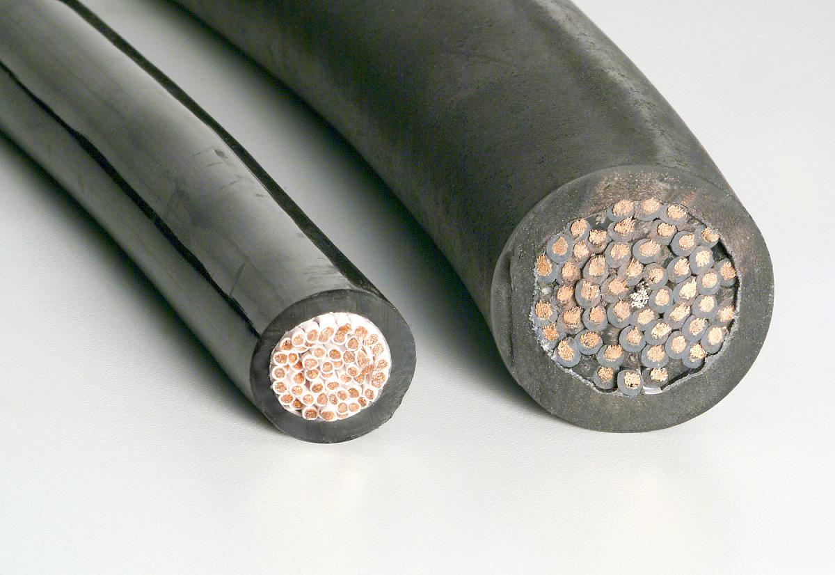 Кабель с изоляцией из керамообразующей резины