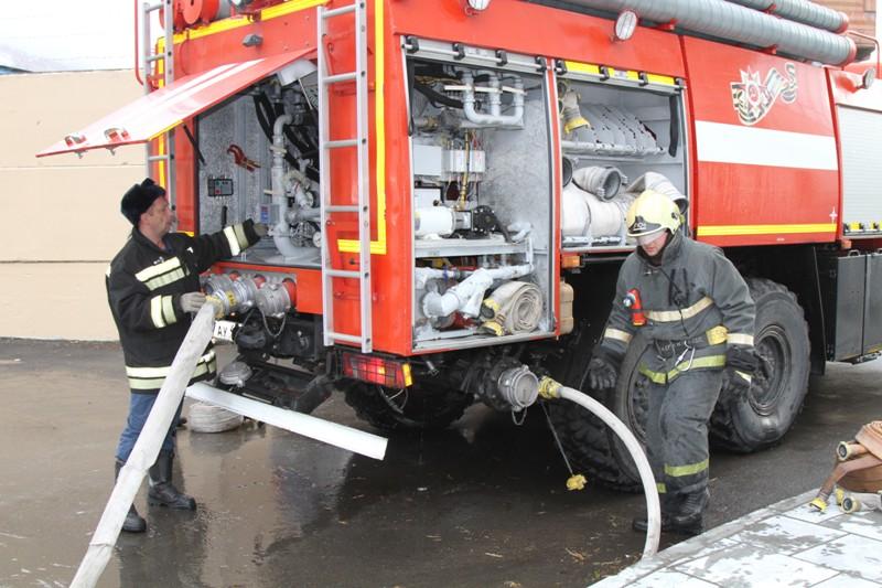 Обслуживание автомобиля во время пожара