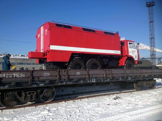Перевозка пожарных машин на ж/д платформе