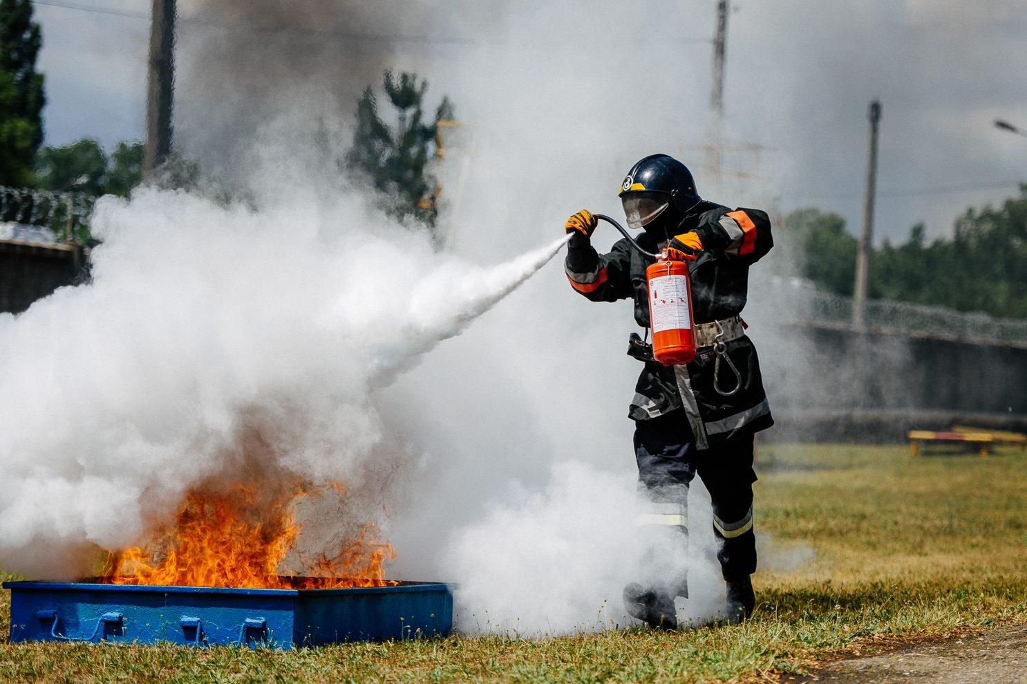 Огнетушащее вещество воздушно-эмульсионного огнетушителя
